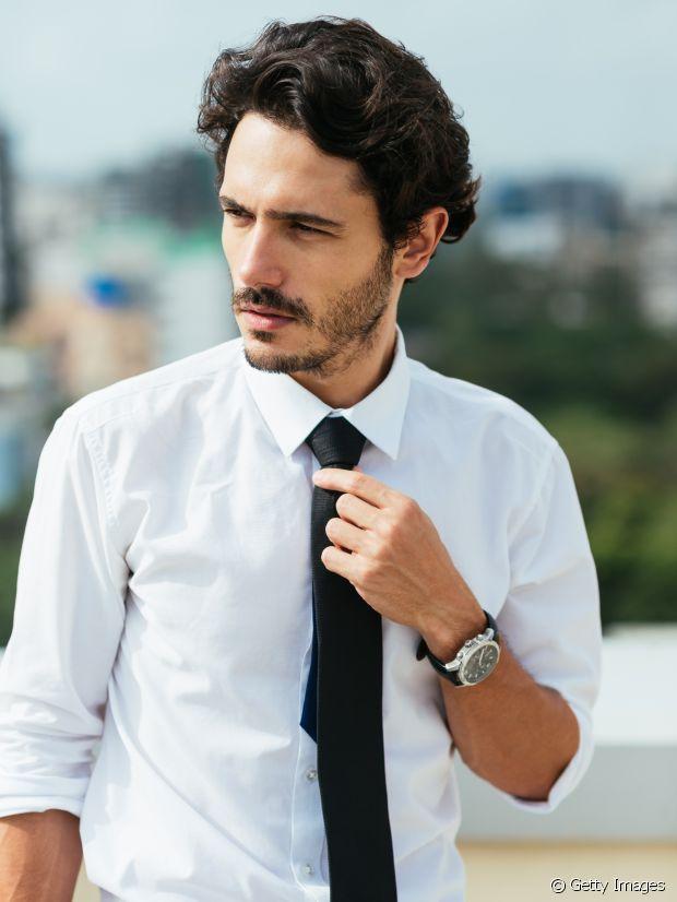 La cravate pour le boulot. Classique !