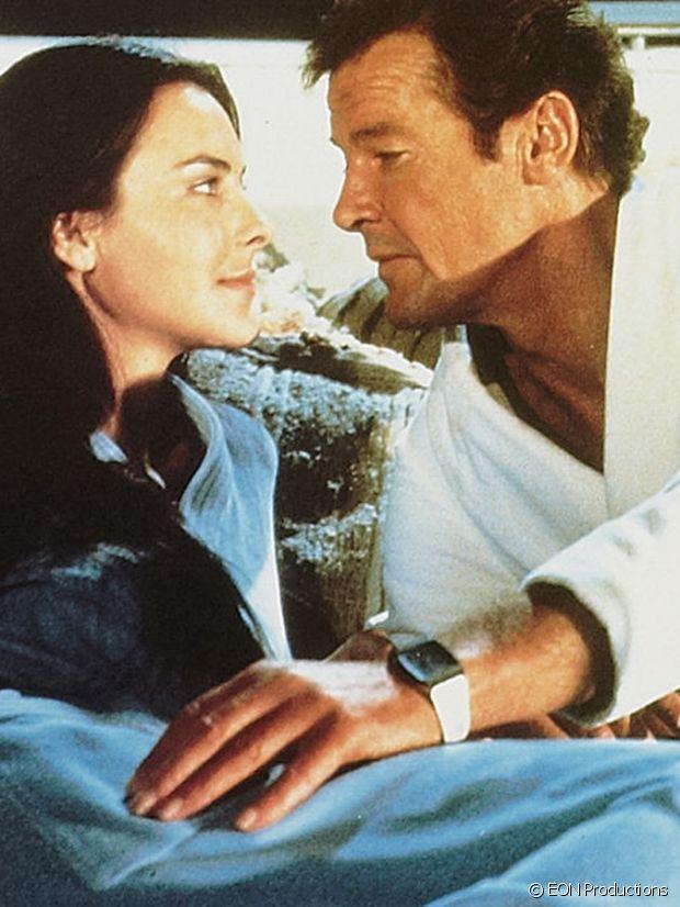 Même Carole Bouquet a fondu pour Roger Moore et sa Seiko !